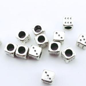 Металлический шарм Игральная кость 8х8х8 D=6 #1333